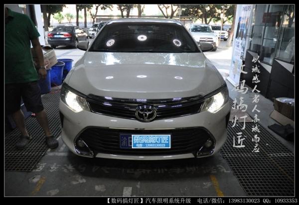 丰田新凯美瑞升级进口海拉五双光透镜